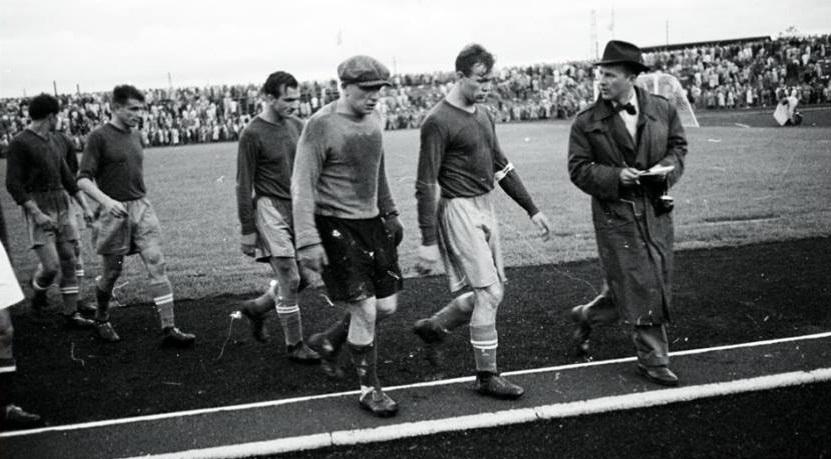 В 1952-м СССР проиграл Югославии на ОИ. Из-за этого расформировали ЦДСА, а футболистов едва не отправили в лагеря
