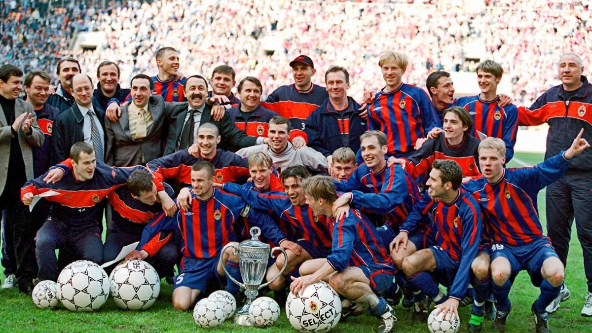 19 лет назад ЦСКА взял свой первый российский трофей. И первый при Евгении Гинере