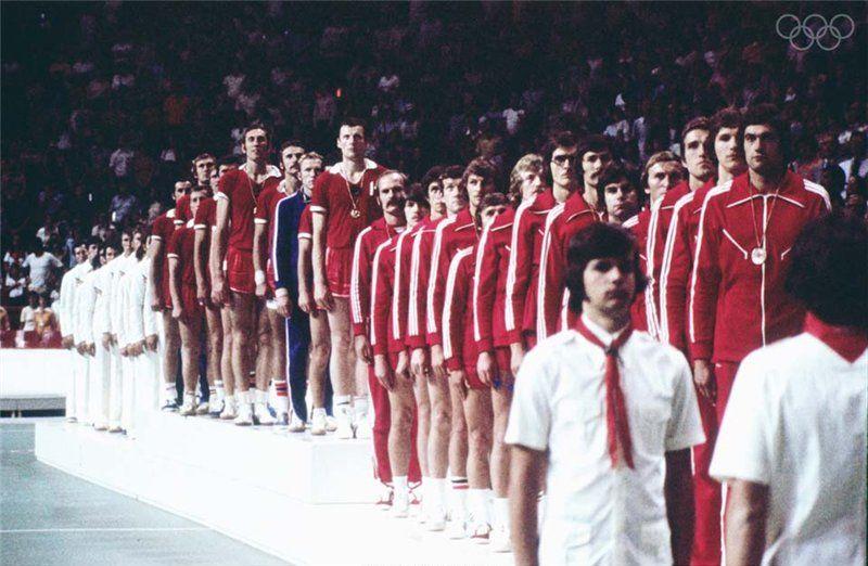 Умереть от простого падения. Золотая Олимпиада-1976 закончилась смертью для одного из лучших гандболистов СССР