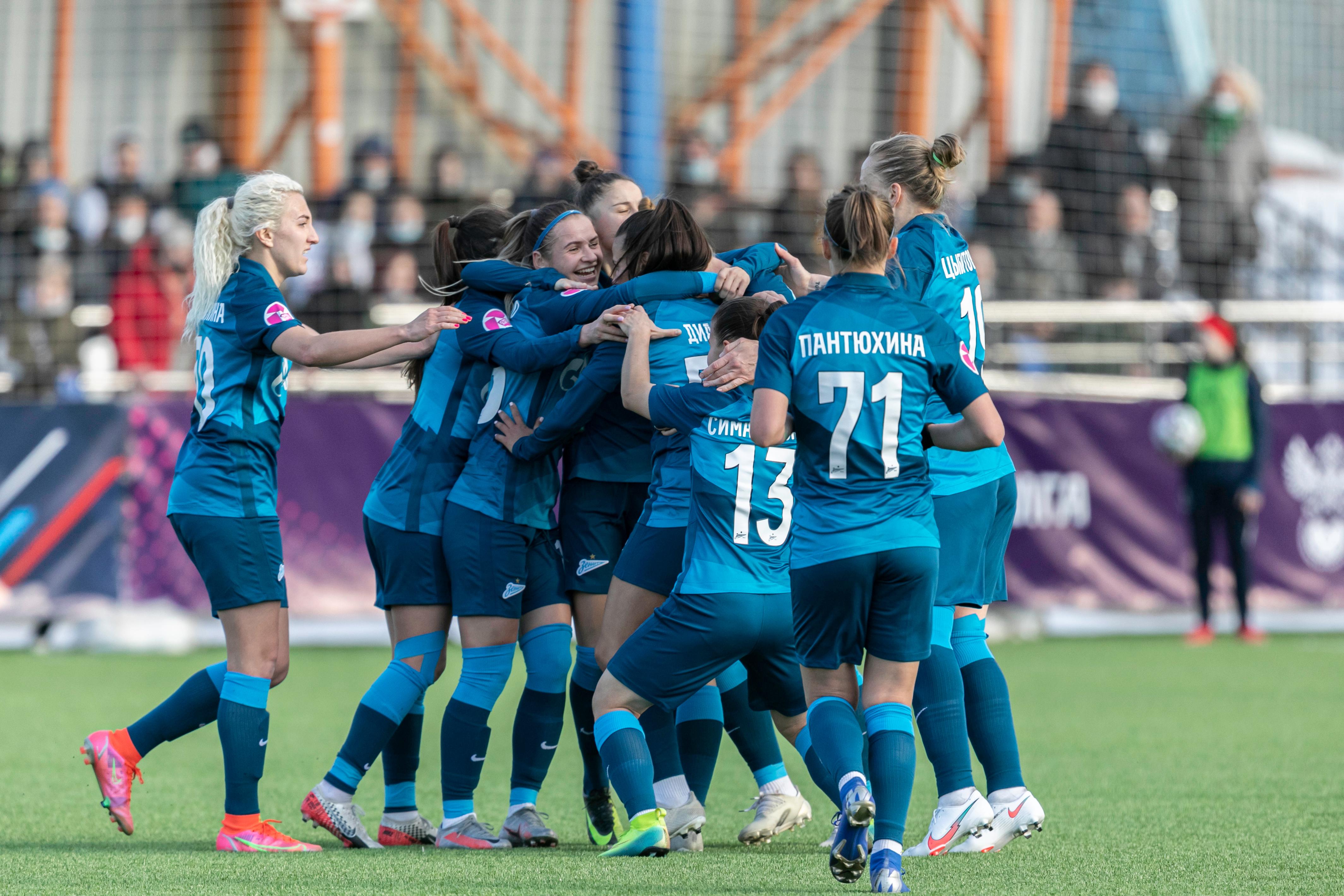 Женская команда «Зенит»: серия побед на старте Суперлиги, сборницы и молодежная команда