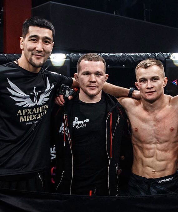 Секунданты Петра Яна на UFC 251: почему за ними надо следить уже сейчас? Один научился душить по играм в PlayStation, другой был в олимпийской сборной