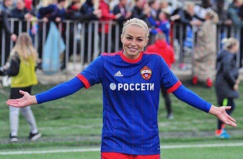 Именинница дня. Ксения Коваленко