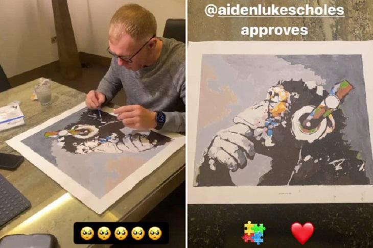Оказывается, Скоулз шикарно рисует. Зацените картину с шимпанзе для сына с аутизмом