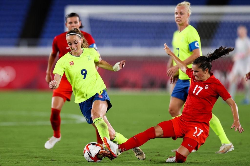 Швеция тотально доминировала в первом тайме, Канада смогла адаптироваться, но провалила концовку. Серия пенальти – драма