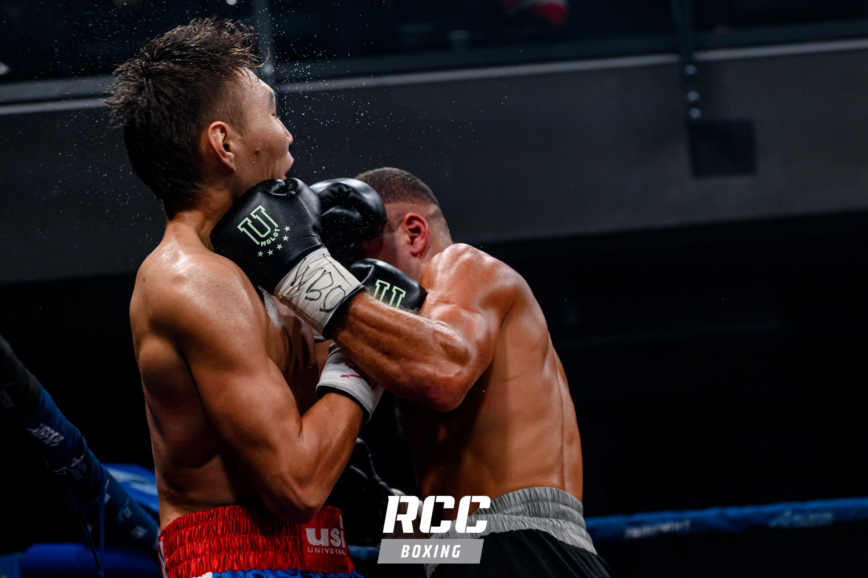 Жара в ринге. Мисюра и Лопсан устроили войну в ринге, которая закончилась жестким нокаутом. На кону стоял - WBO Oriental