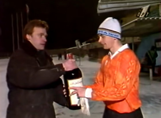 Пятилитровая бутылка вина за первый гол и могучее флэш-интервью: это «Стиморол-чемпионат России»