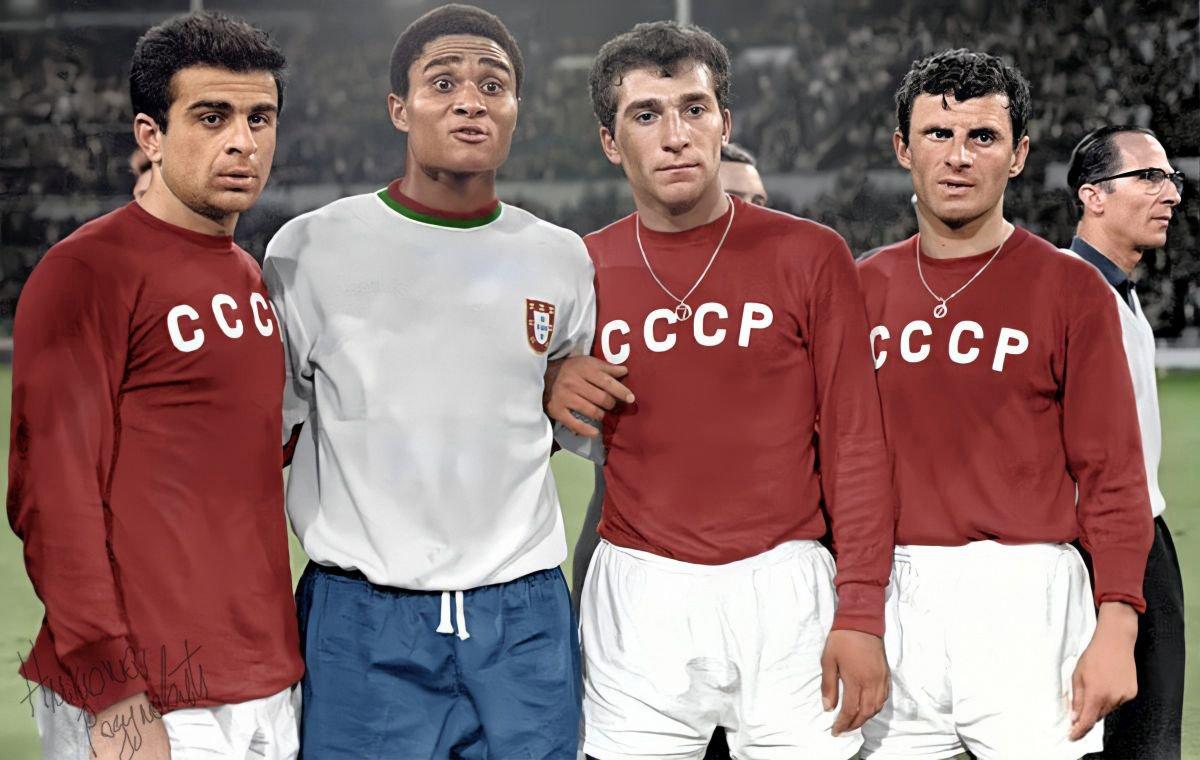 55 лет назад сборная СССР зарубилась за бронзу ЧМ. Решающий гол пропустили за три минуты до конца матча