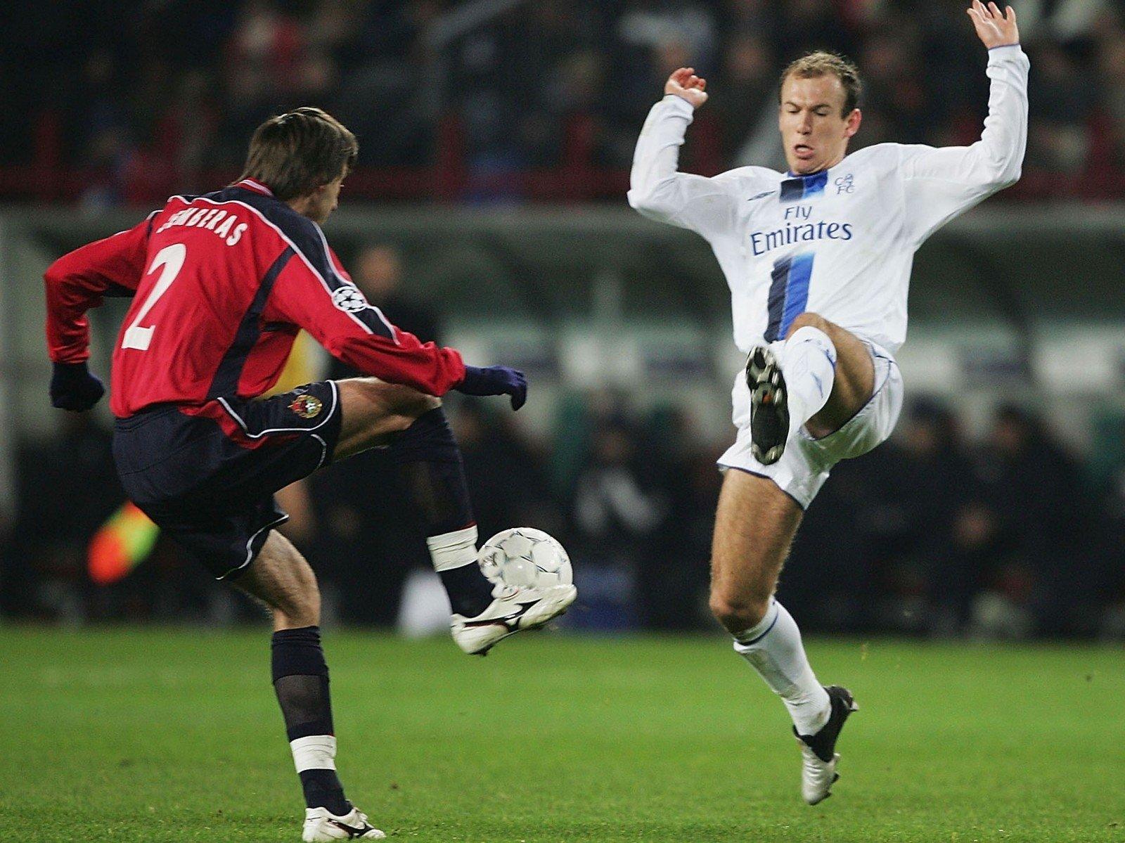 В 2004-м Семак завалил хет-трик «ПСЖ» и вывел ЦСКА в победную евровесну. Но Кубок УЕФА капитан не выиграл: после того матча он переехал в Париж