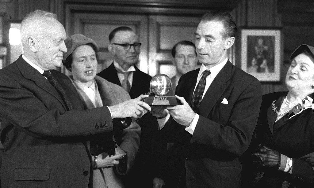 В 1953-м состоялся легендарный финал Кубка Англии. Форвард «Блэкпула» сделал хет-трик, но героем матча стал другой игрок