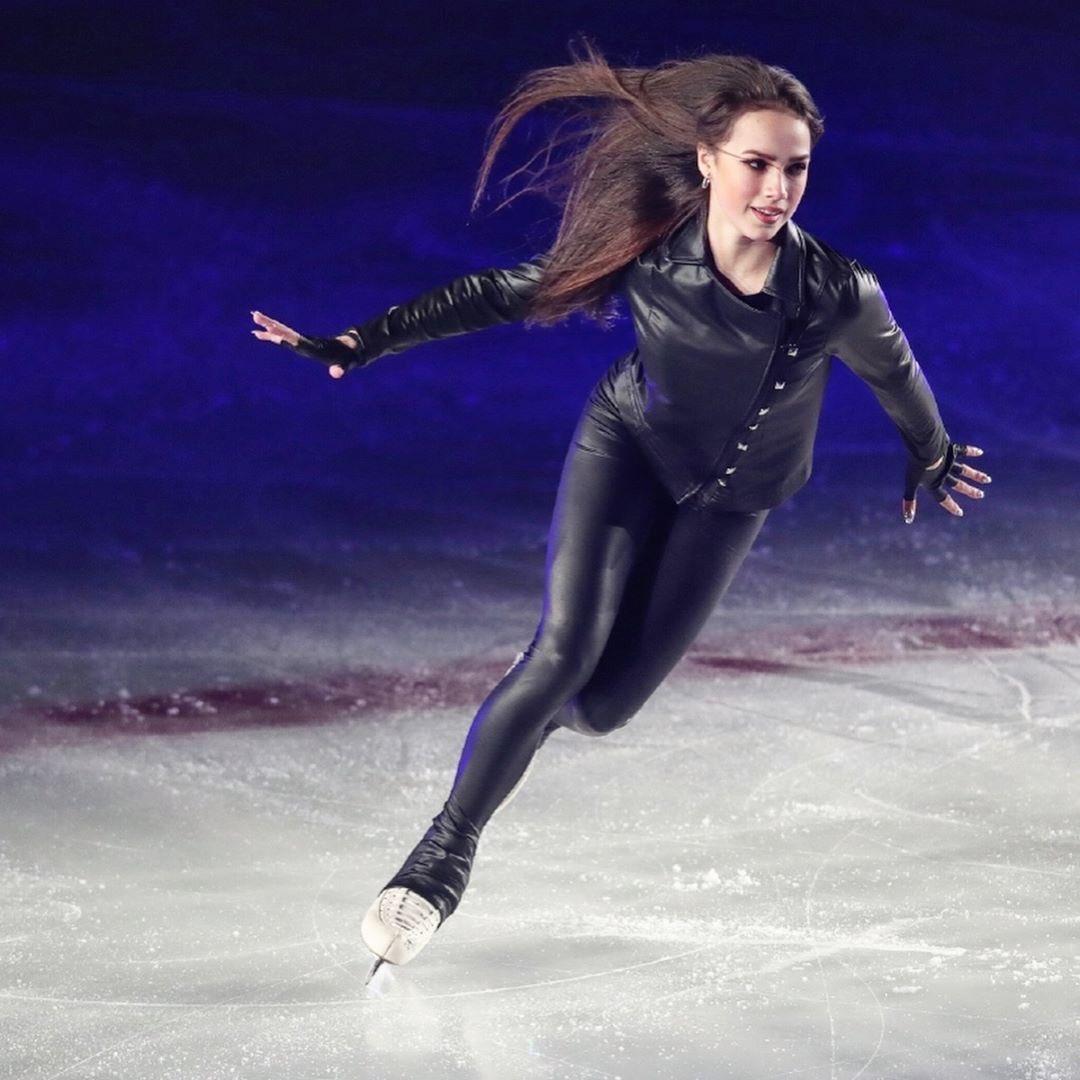 Кем быть, или «Алина Ильназовна меняет профессию»