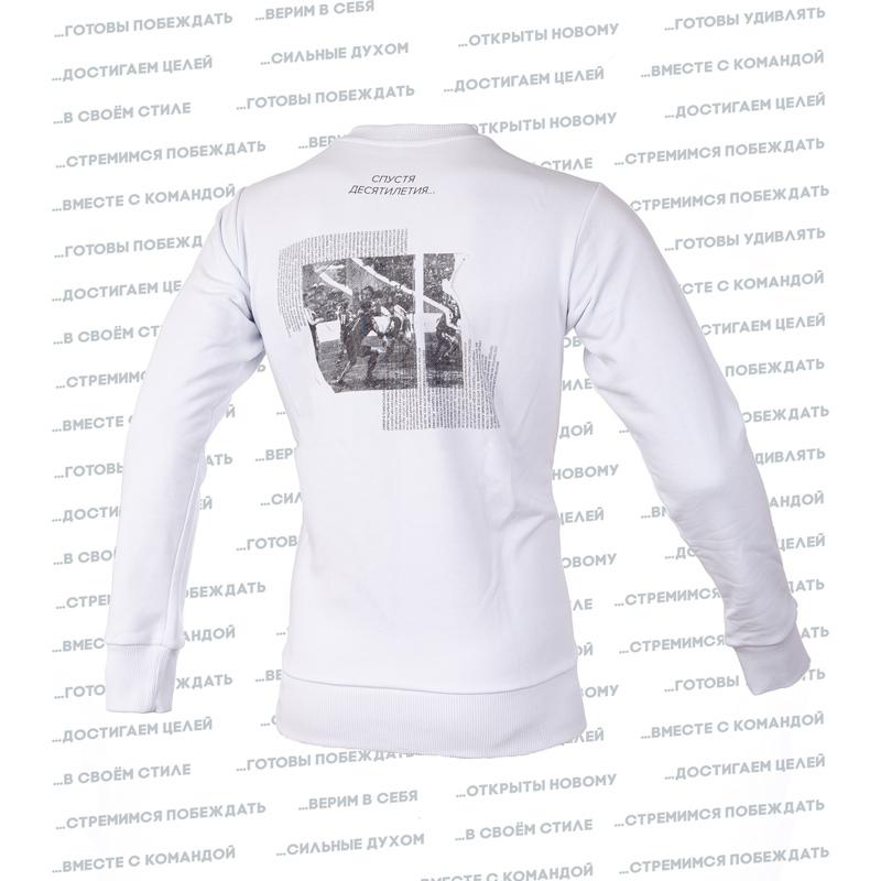 «Спустя десятилетия» — новая коллекция одежды ФК «Балтика»