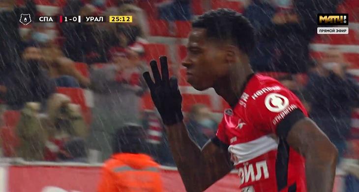 «Спартак» забил «Уралу» пять – на любой вкус: Ларссон положил два из-за штрафной, Промес выкрутил позвонки защитникам