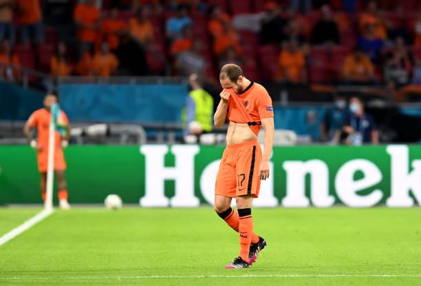 Блинд плакал после замены. Из-за истории с Эриксеном он думал не играть (проблемы с сердцем), но решился