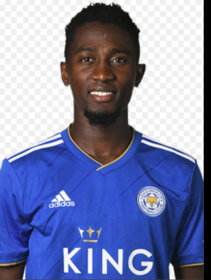 Топ 8 футболистов из Нигерии