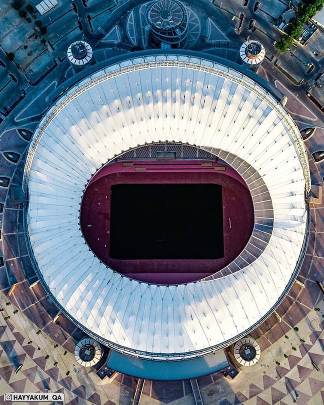 Катарский шик. Отобрали самые роскошные кадры Международного стадиона «Халифа»