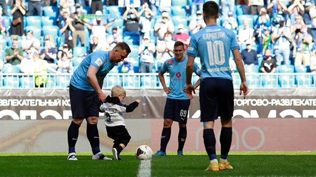 Идеальный прощальный матч Корниленко: сыграл в «Крыльях» впервые за 2 года, забил через минуту после выхода на замену