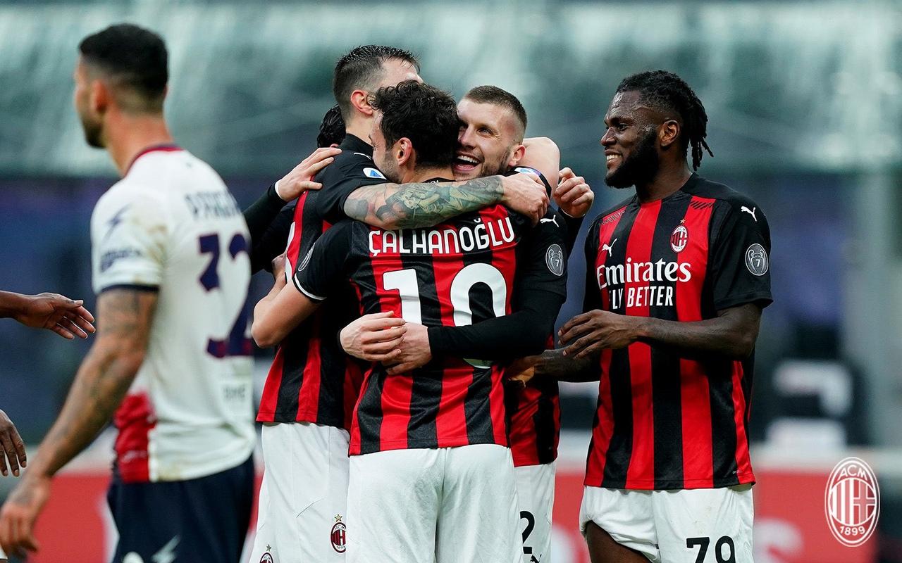 Чалханоглу – системообразующий игрок нынешнего «Милана»: без него производительность атаки падает в несколько раз