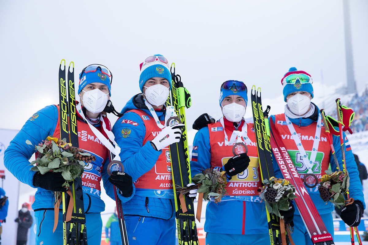 За себя и за Сашку! Сборная России с кругом выигрывает бронзовые медали