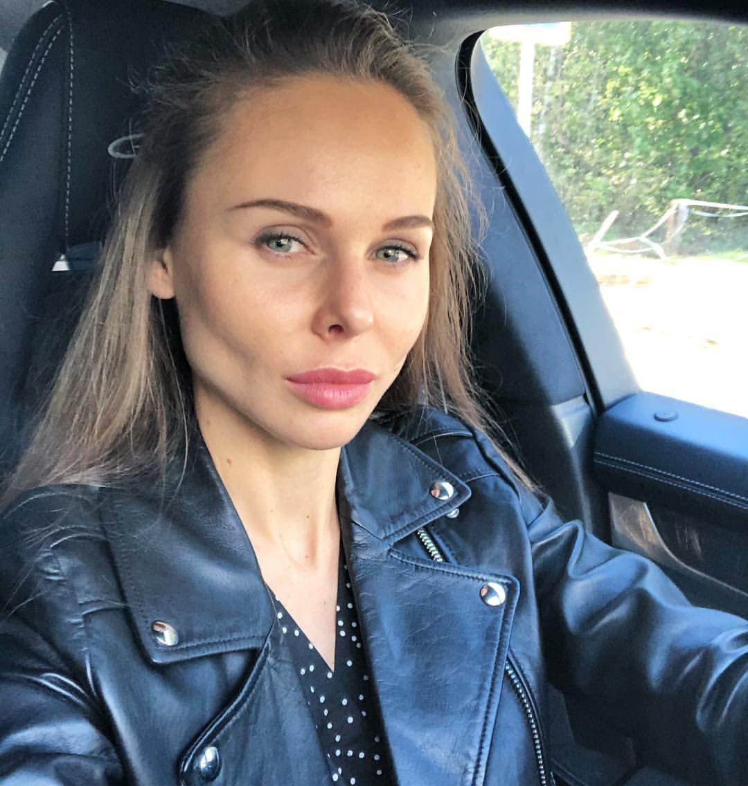 Надежда Санько – новая девушка Павла Мамаева. Говорит, что у них отношения построены не на лжи, а на уважении!