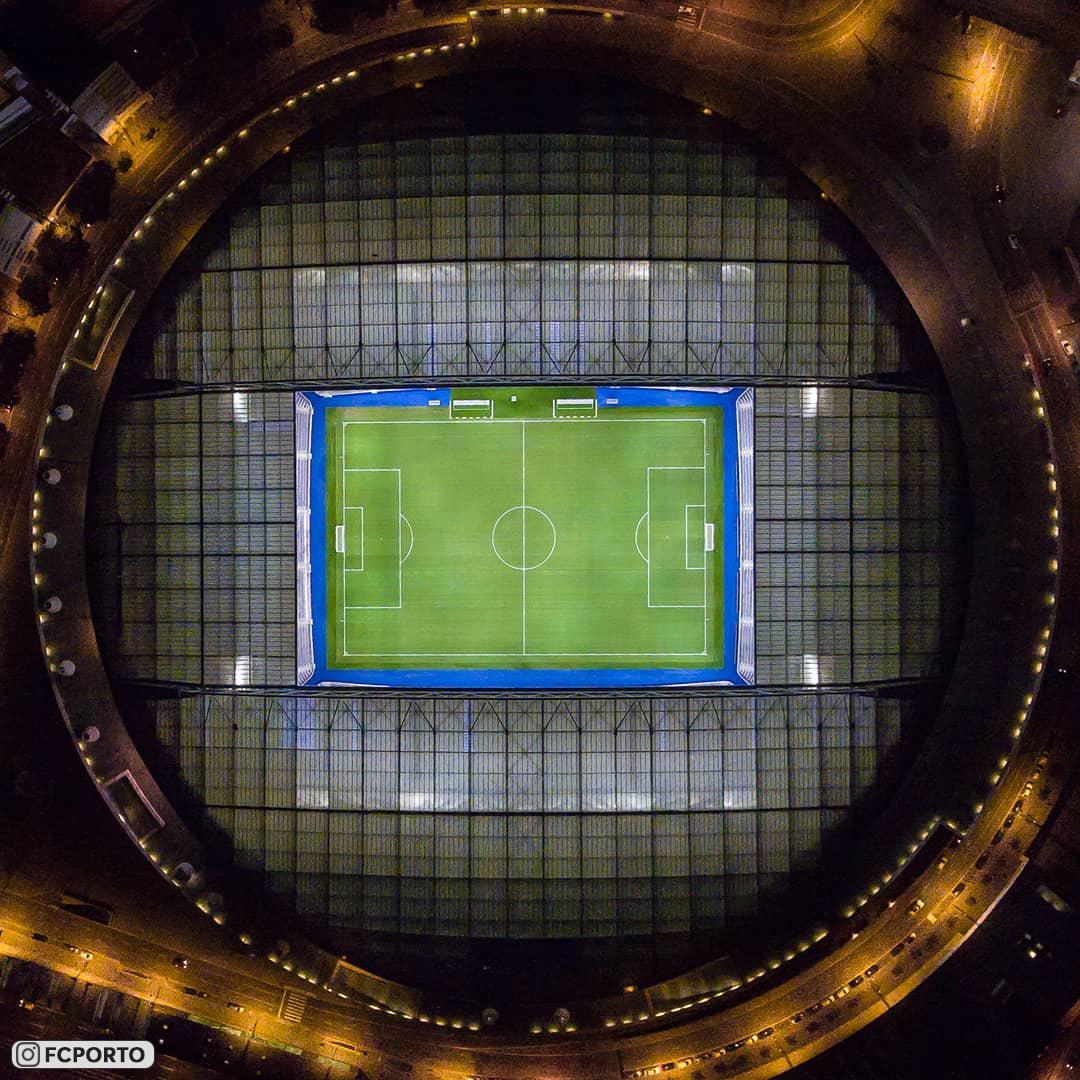 Шикарные фотографии с дронов португальского стадиона «Драгау», который принадлежит «Порту»