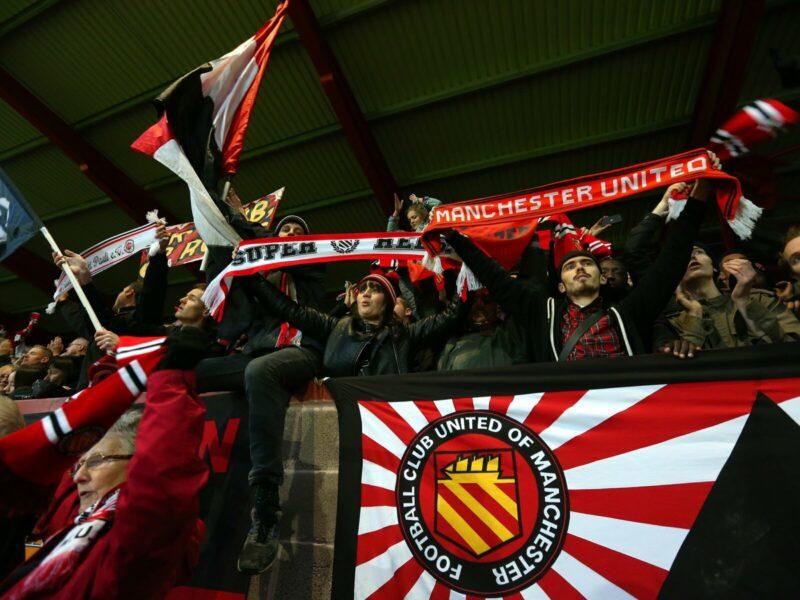Эбби Хей, Юнайтед оф Манчестер, Олтринхем, Траффорд, Манчестер Сити, Манчестер Юнайтед, Мэйн Роуд, премьер-лига Англия, Д6 Англия, Д7 Англия