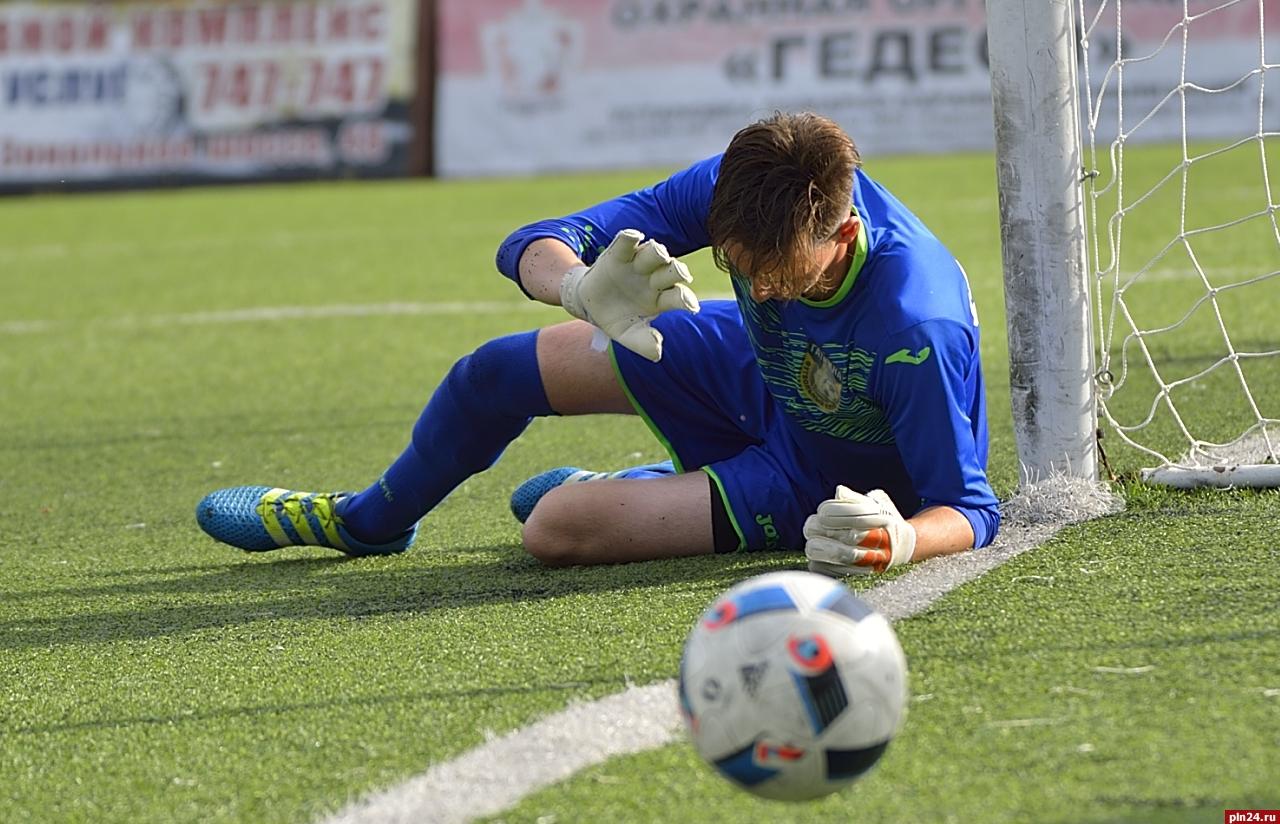 «То, что забили – хорошо. Жаль, что в свои». Любительский футбол в Гатчине
