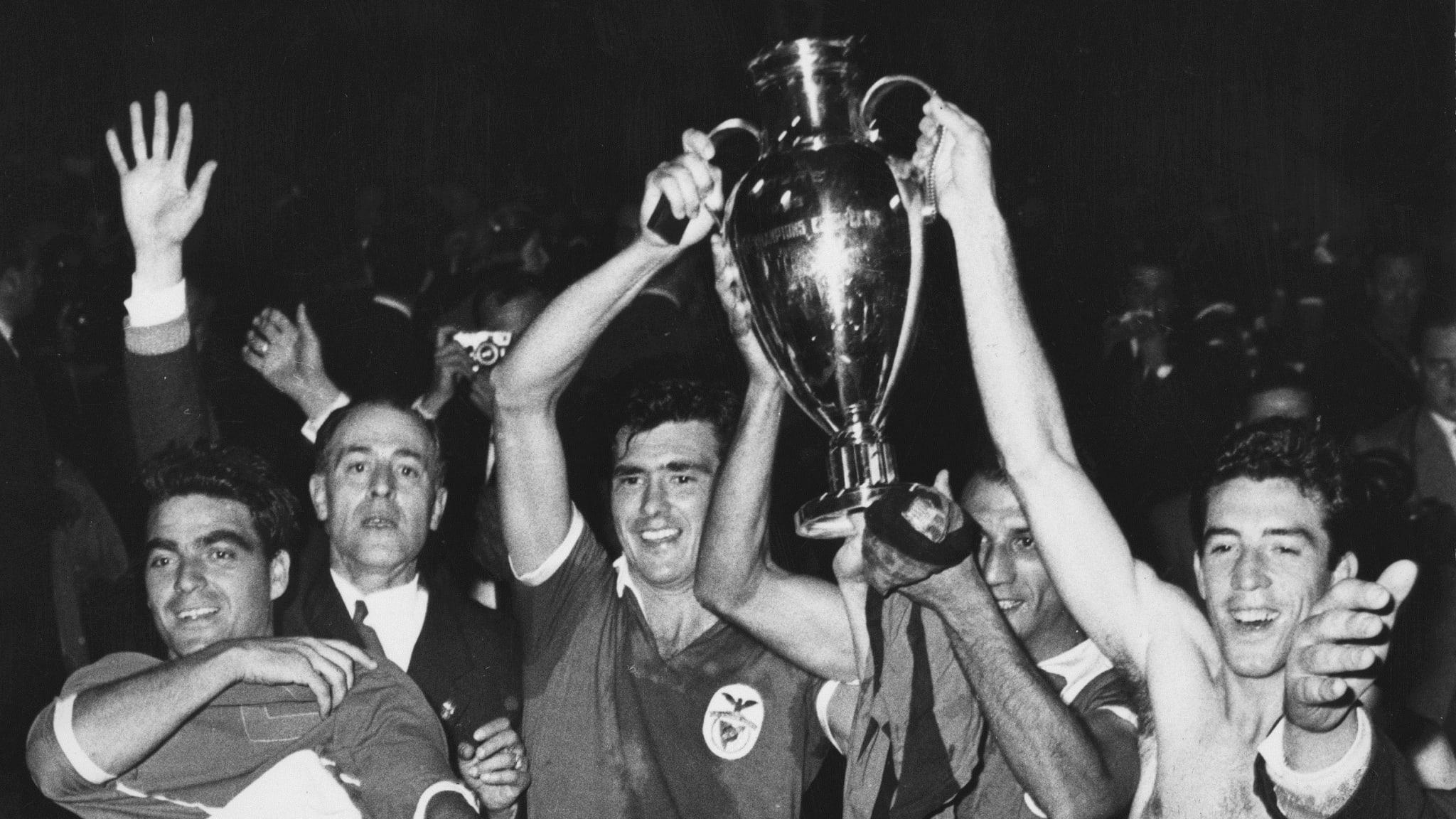 60 лет назад в финале КЕЧ впервые не сыграл мадридский «Реал». Титул разыграли «Бенфика» и «Барселона»