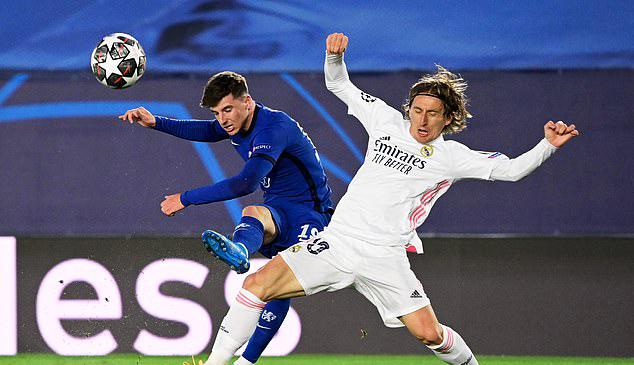 «Реал» играет вничью с «Челси». Вояж в Лондон определит победителя. Обзор матча