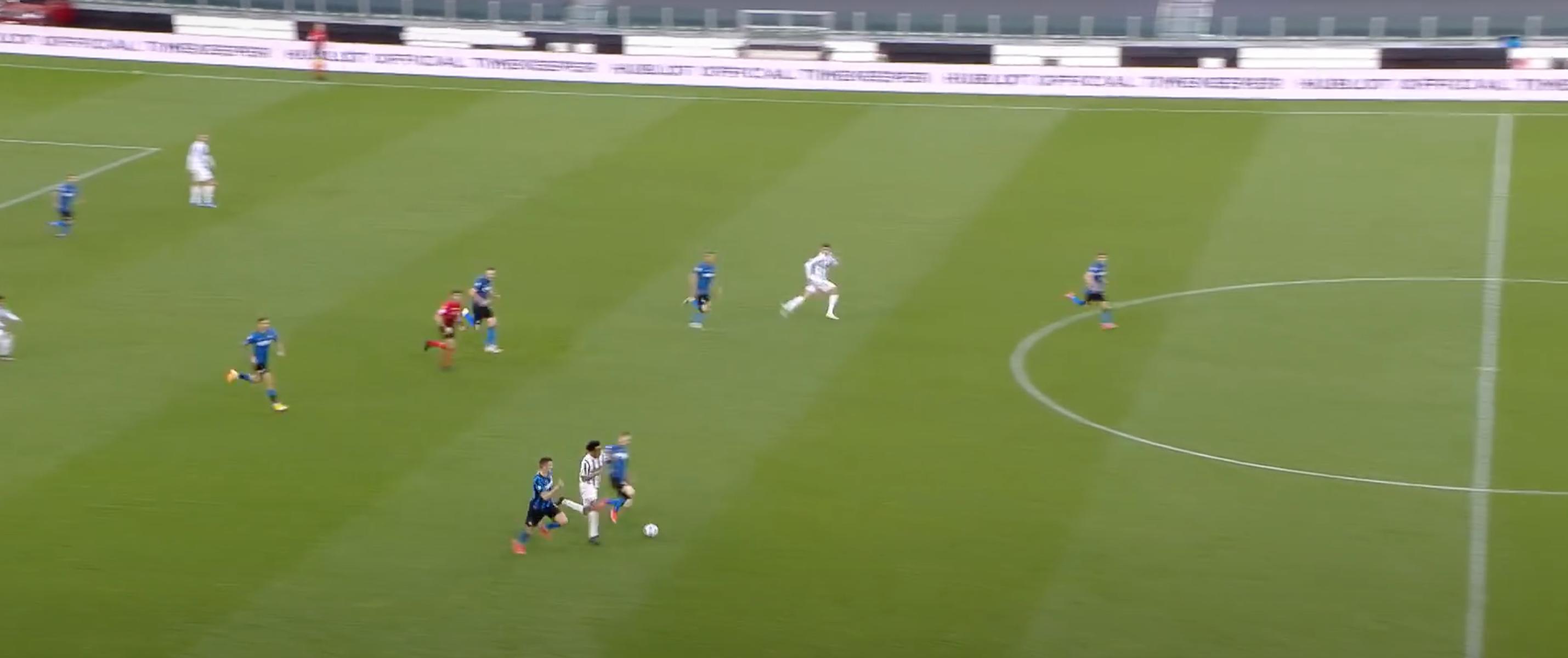 «Юве» обострил борьбу за ЛЧ до предела: хлопнул «Интер» в одном из ярчайших матчей сезона. Хотя победный эпизод очень спорный