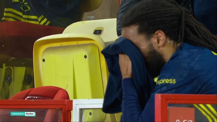 Гарсия заменил защитника «Лиона» в первом тайме. Отправил помощнику смс сразу после привоза