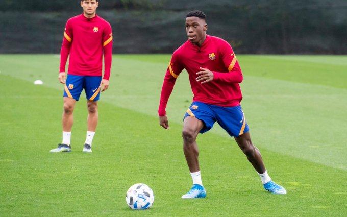 Нико Гонсалес заменит Морибу на сборе сб. Испании U-19:  Куману «необходим» Илайш на матч с «Эльче»