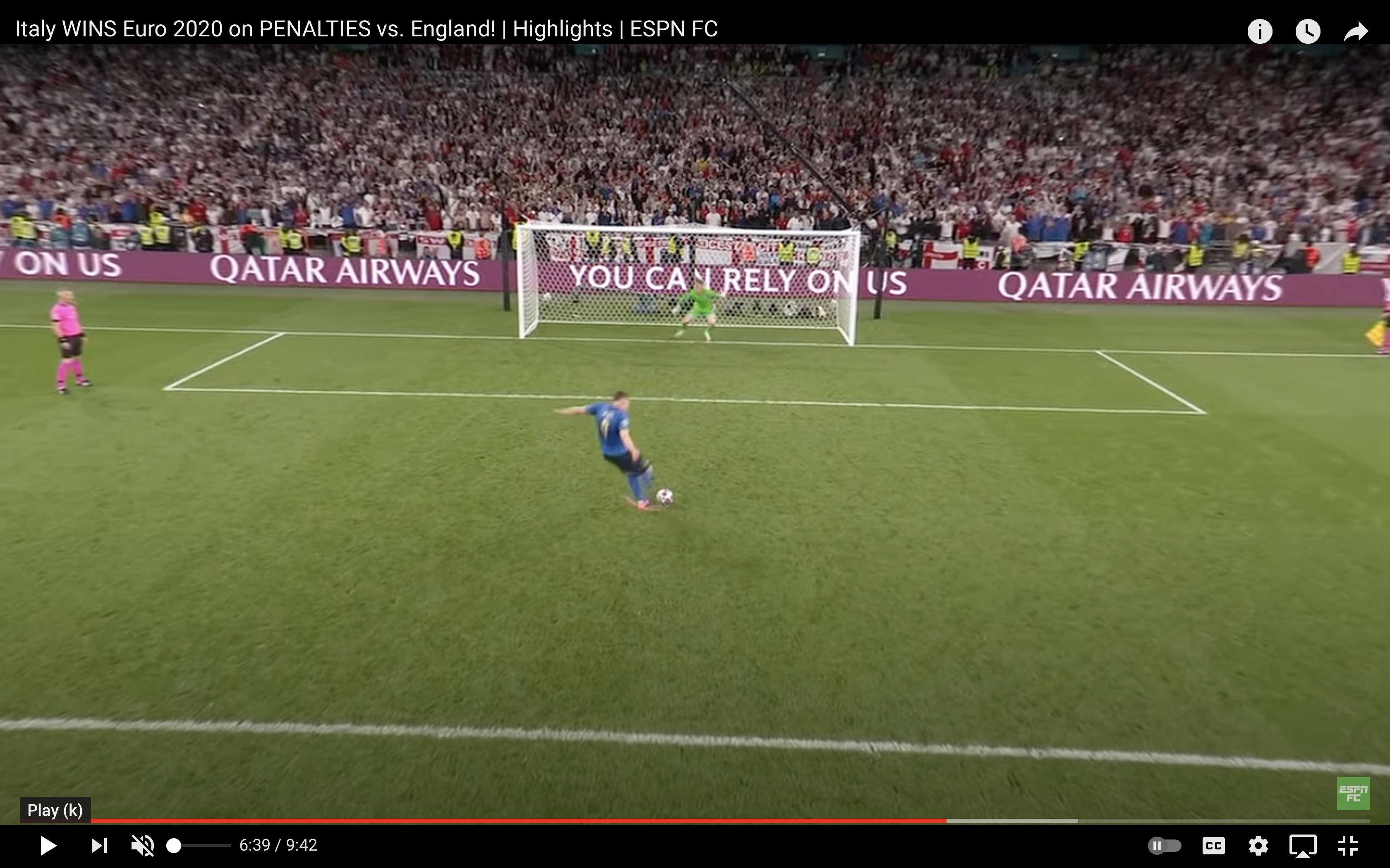 Наш блогер отвечает Артему Реброву. Пикфорд при ударе Жоржиньо сыграл практически по мячу (но все равно незаметно гадал)