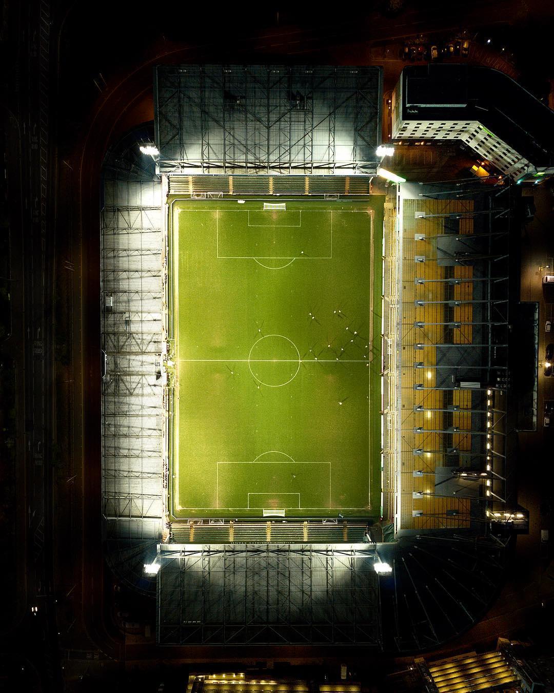 Стадион ньюкасла роздевалка