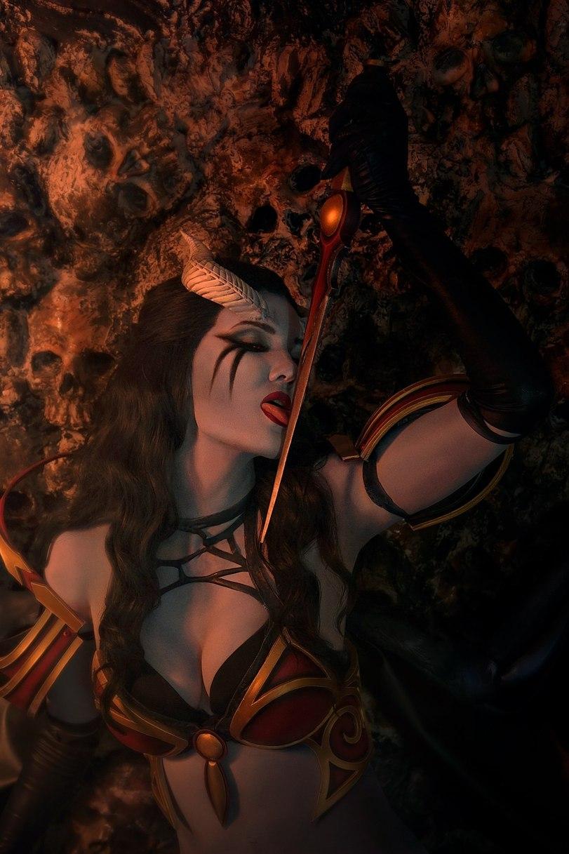 Queen of Pain, Dota 2, Косплей, Девушки и киберспорт