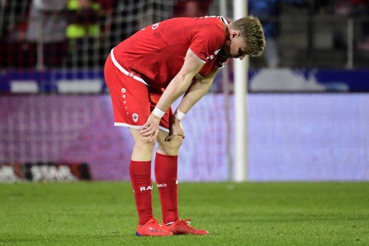 Основной полузащитник «Антверпена» договорился с «Генком» о летнем трансфере – за это его отстранили от первой команды