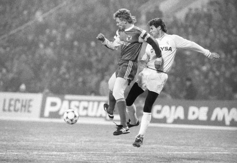 «Нам аплодировал весь стадион». 30 лет назад «Спартак» обыграл «Реал» на «Сантьяго Бернабеу» и вышел в полуфинал Кубка чемпионов