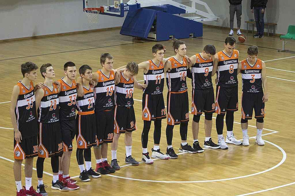Впервые в истории юноши «Буревестника» вошли в ТОП-6 детской-юношеской баскетбольной лиги!
