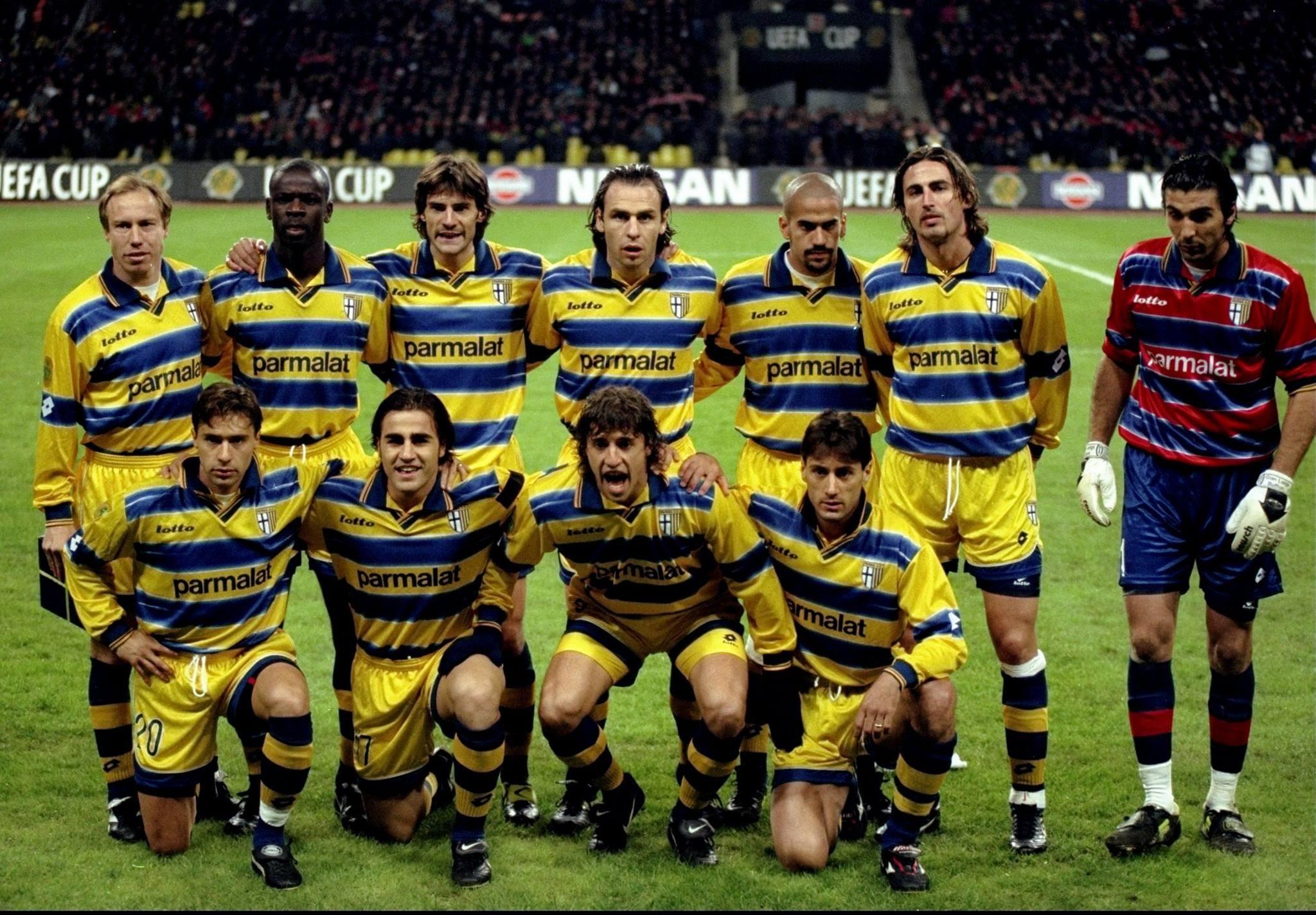 22 года назад в Москве состоялся финал Кубка УЕФА. Вы только гляньте на этот сумасшедший состав «Пармы»!