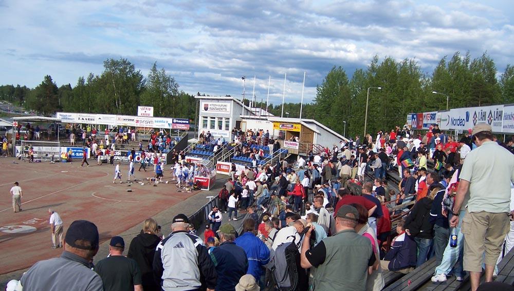 В 90-е русский клуб играл в чемпионате Финляндии 1
