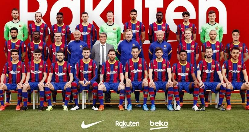 Лапорта с нами: «Барселона» представила официальное командное фото сезона 2020/21 - FC BARCELONA - Блоги - Sports.ru
