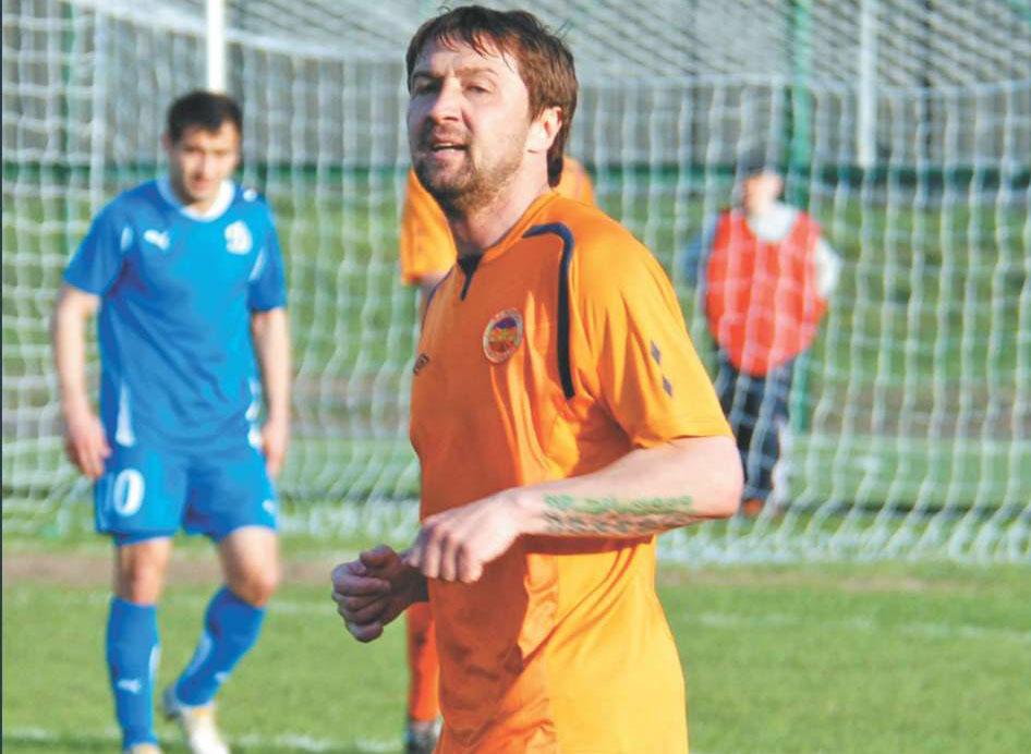 10 лет назад Михаил Осинов забил самый быстрый гол в истории футбола. На него обиделся тренер – это было извинение