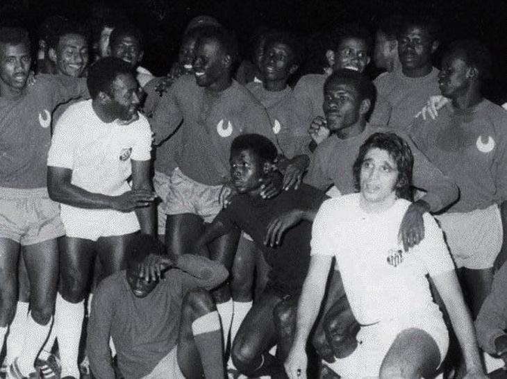 сборная Судана, Самюэль Это′О, Кубок Африки, Юрий Гагарин, Пеле, Аль-Хилаль Омдурман, Сантос