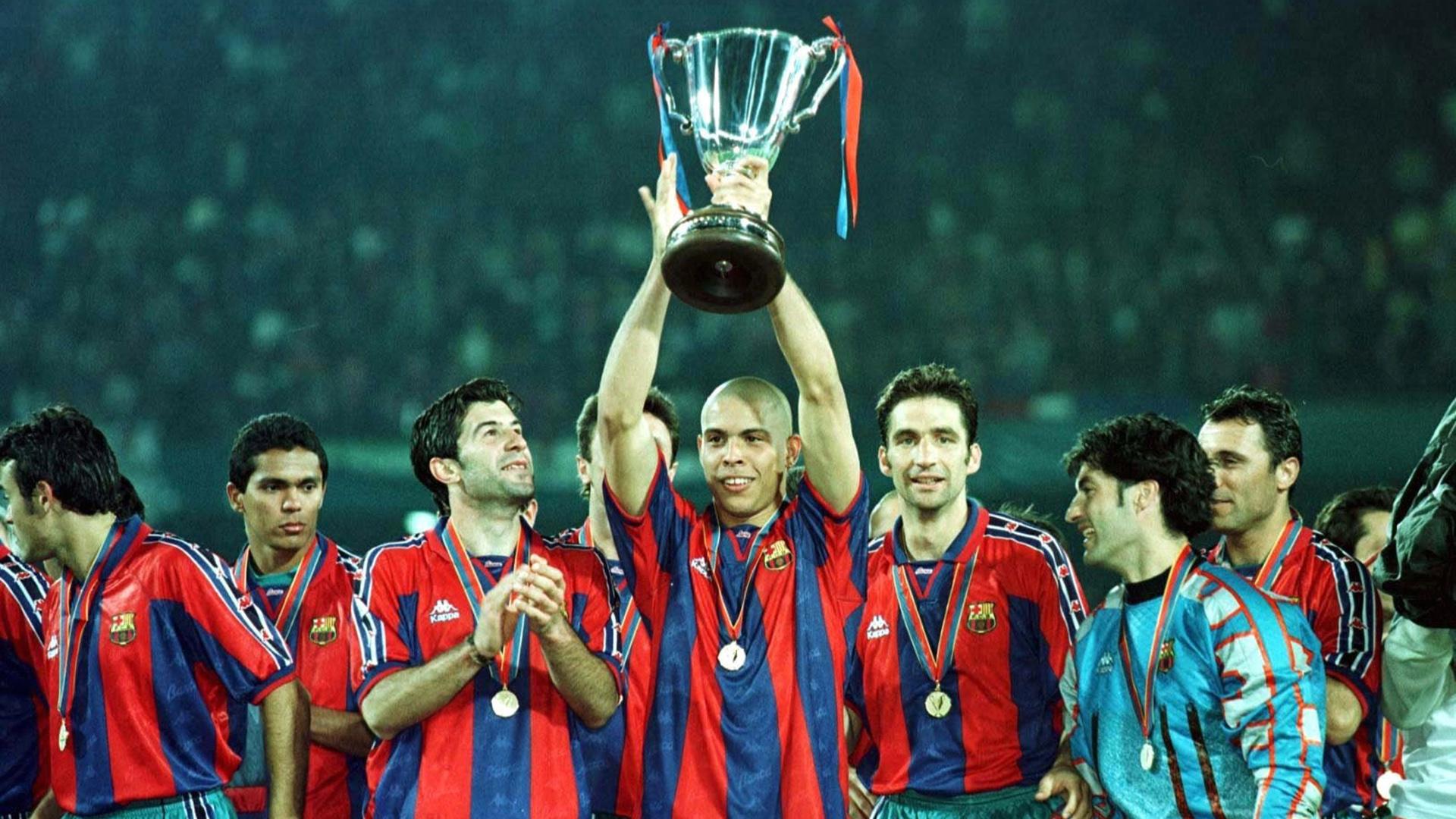 Хет-трик «Валенсии» в 1996-м – самый яркий перфоманс Роналдо в «Барселоне». Соперника не спас даже гол Валерия Карпина