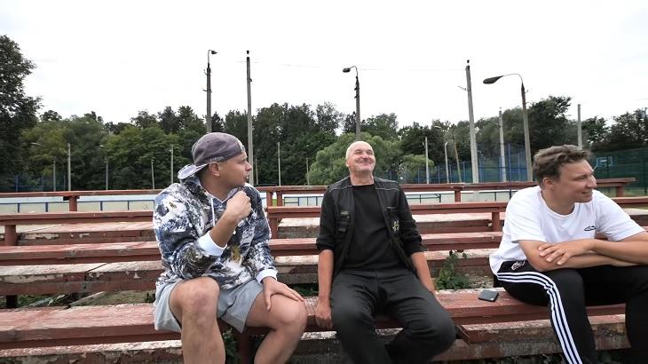 Мы запустили трэвел-шоу про футбол в глубинке – и вот что из этого получилось. Россия – разная, в Ногинске смеялись с Павлюченко, в Калязине грустили с Нагучевым