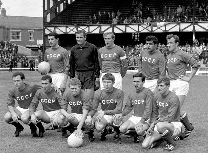 55 лет назад СССР обыграл Италию на ЧМ. Игорь Численко забил один из самых красивых голов турнира