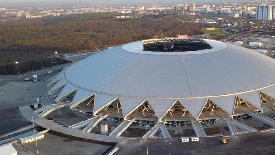 Город + стадион = все сложно. Большие футбольные арены (пока) никому не нужны