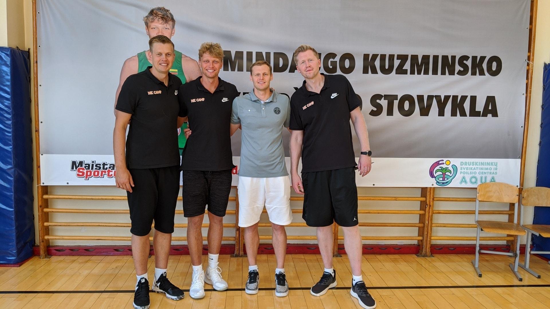 Двухразовые тренировки, крутые гости, подарки от «Локо». Баскетбольный лагерь Миндаугаса Кузминскаса