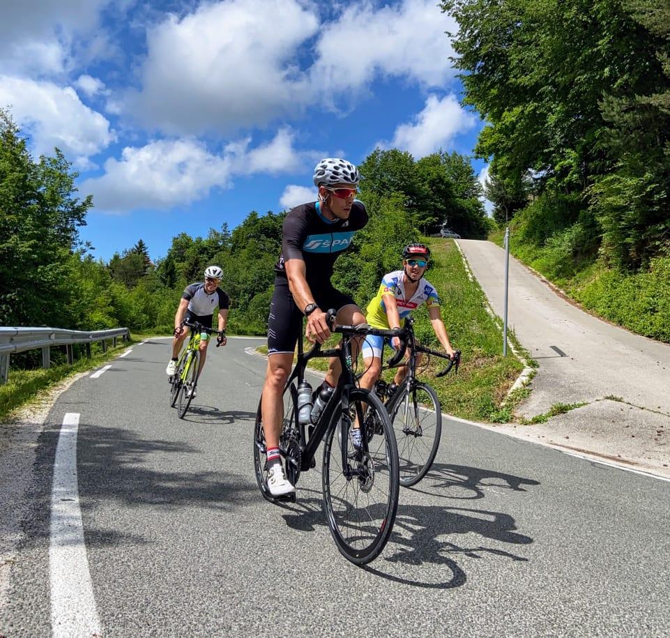Расслабленный старт тренировок в команде Словении