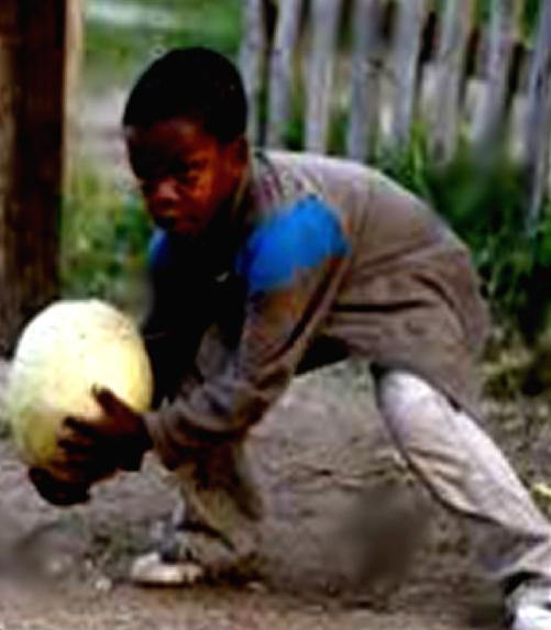 История Эдуара Менди: как в 22 года чуть не забил на футбол, а в 28 перешёл в «Челси»
