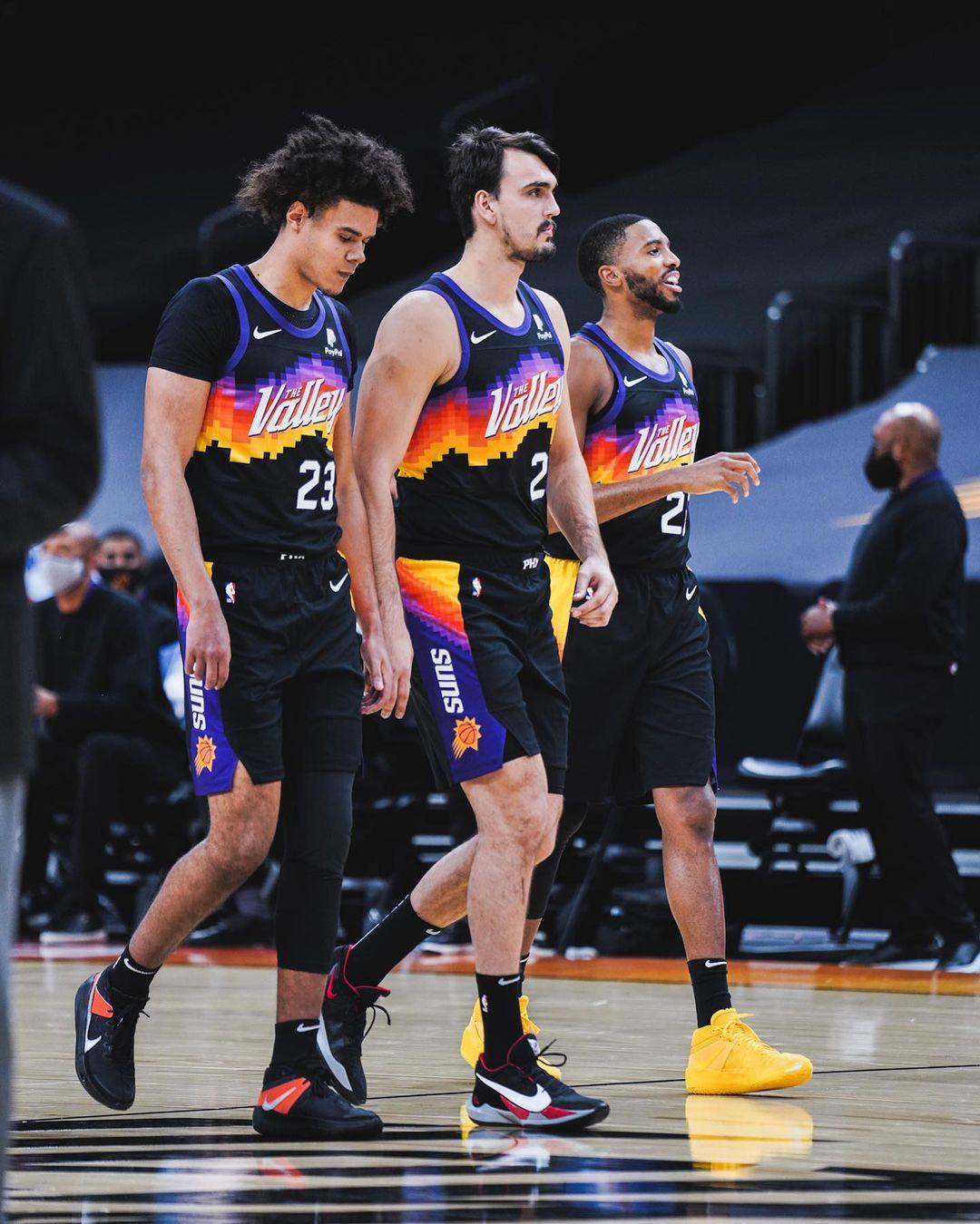 Пару мыслей о топ-8 команд Запада